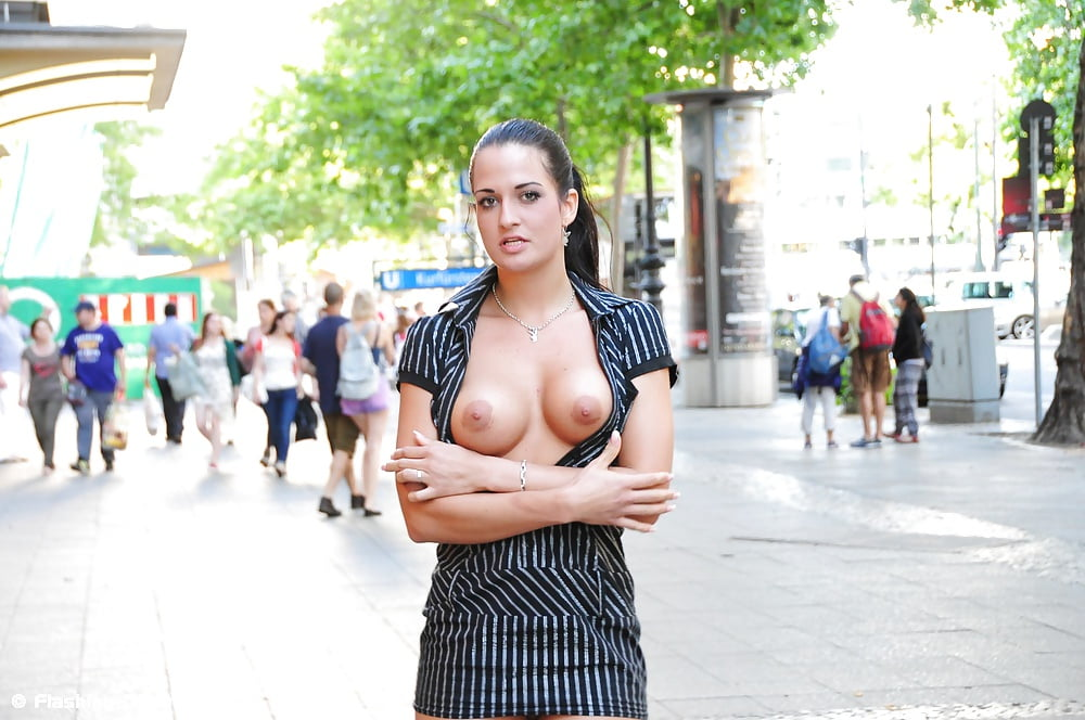 Public agent big boobs babe gets indecent proposal