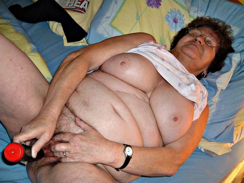 Watch latinchili mature chubby lucia solo masturbation