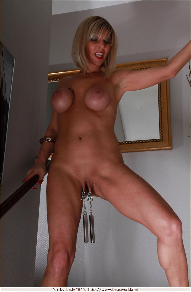 Master Puts Clamps With Lots Of Weight On Pussy Lips Of Granny Slave With Large Tits