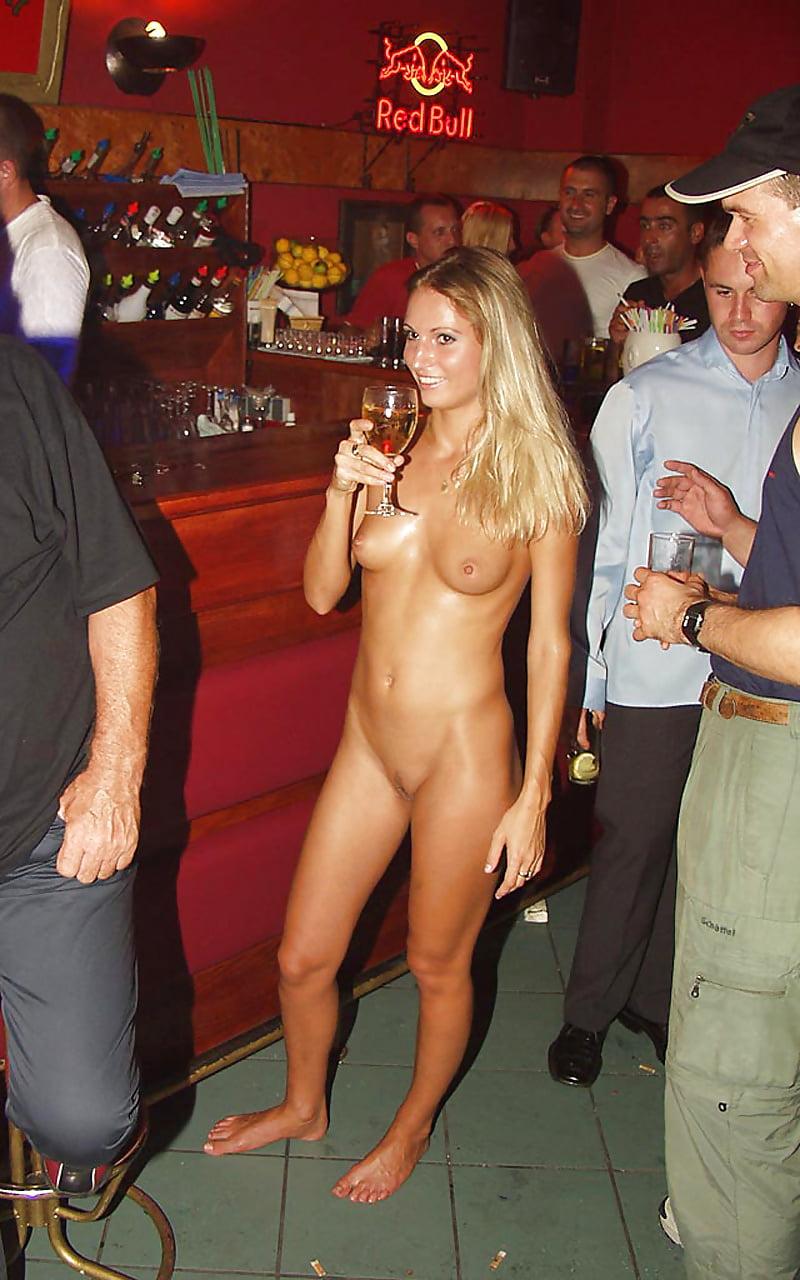 nude-bar-dance