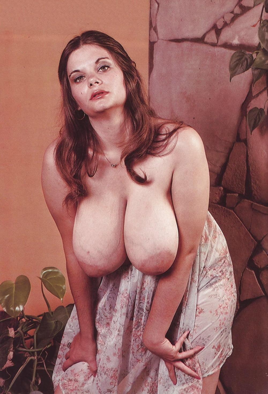 Donna Jones Boob