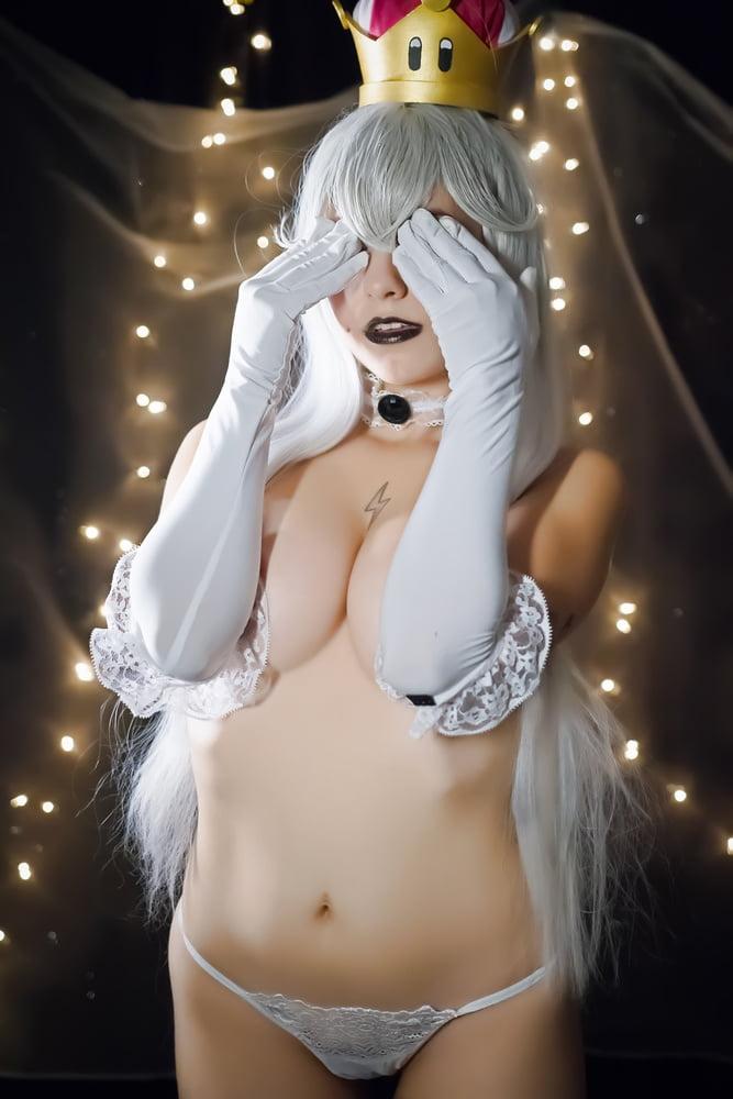 Nude cosplay bb 13