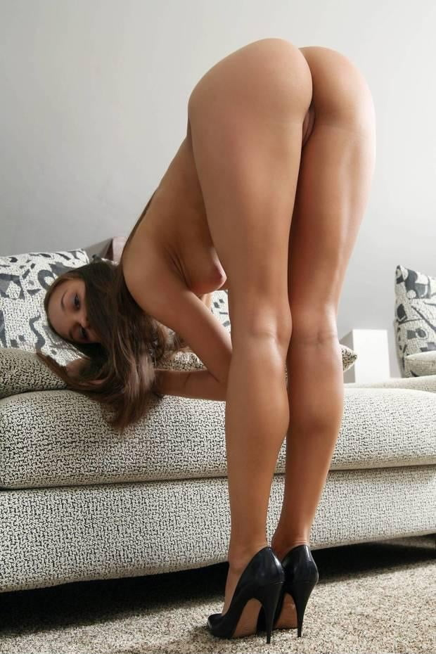 Sexy girls bending down naked 5