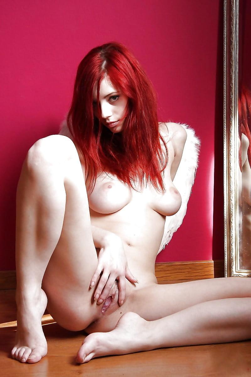 starushki-ebut-zhguchie-rizhie-devushki-porno-foto-lesbi-delayut