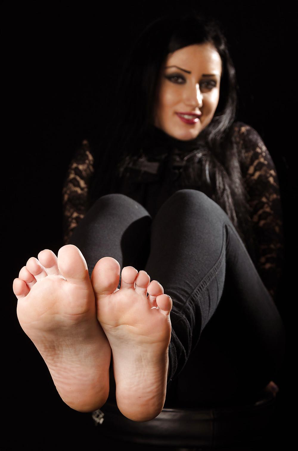 Sexy barefoot licking girls
