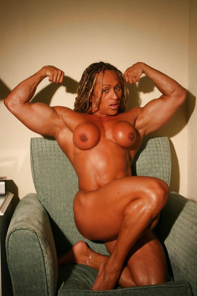 horny-women-bodybuilders