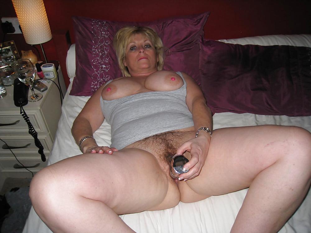 Mature British Redhead Masturbate
