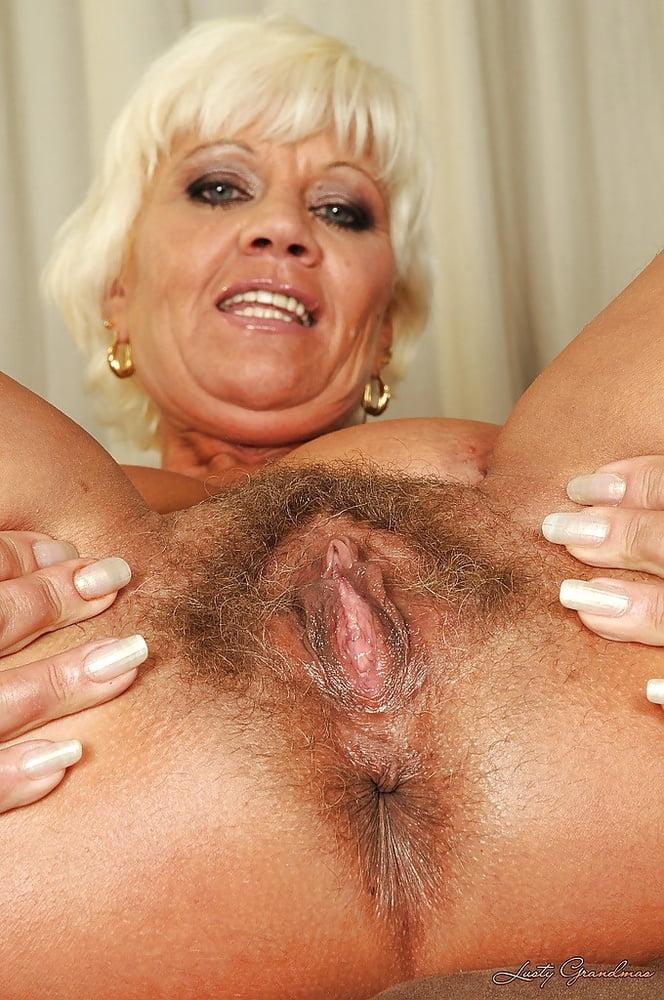 older-pussy-porn-nude-sex-intercourse-videos
