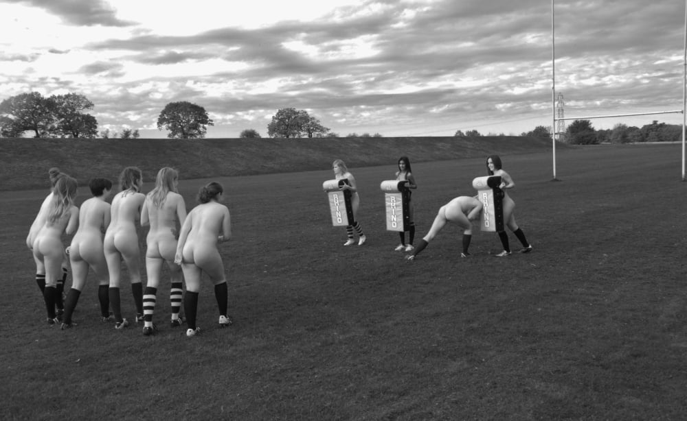 Cardiff Women Rugby Team Strip Naked For Charity Cale Girlsofdesire 1