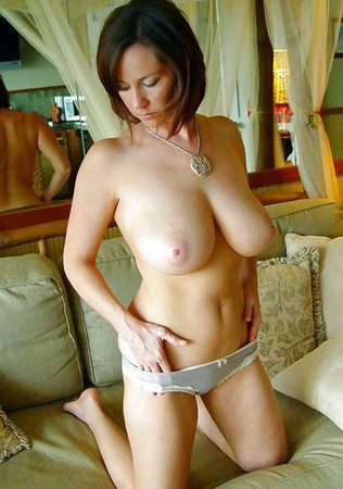 sexy amateur milfs and matures