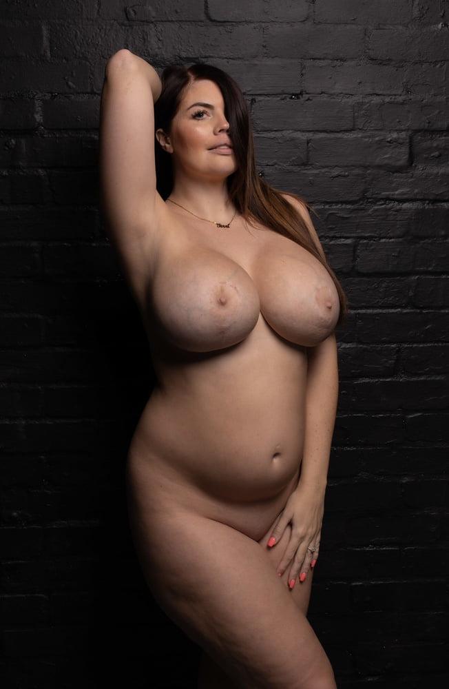 Terri Lou Nude Pics