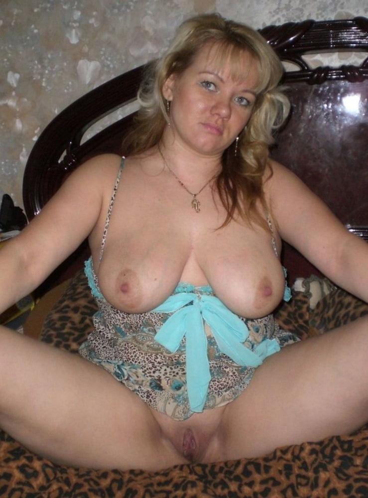Amateur latina sucking dick #1