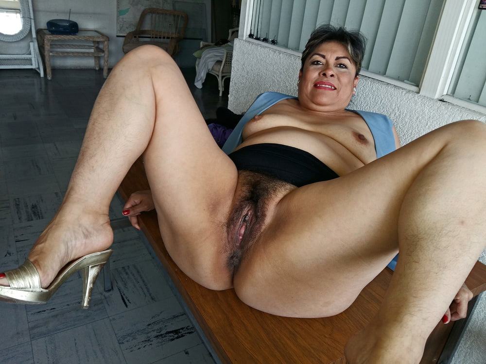 Latina older women pics