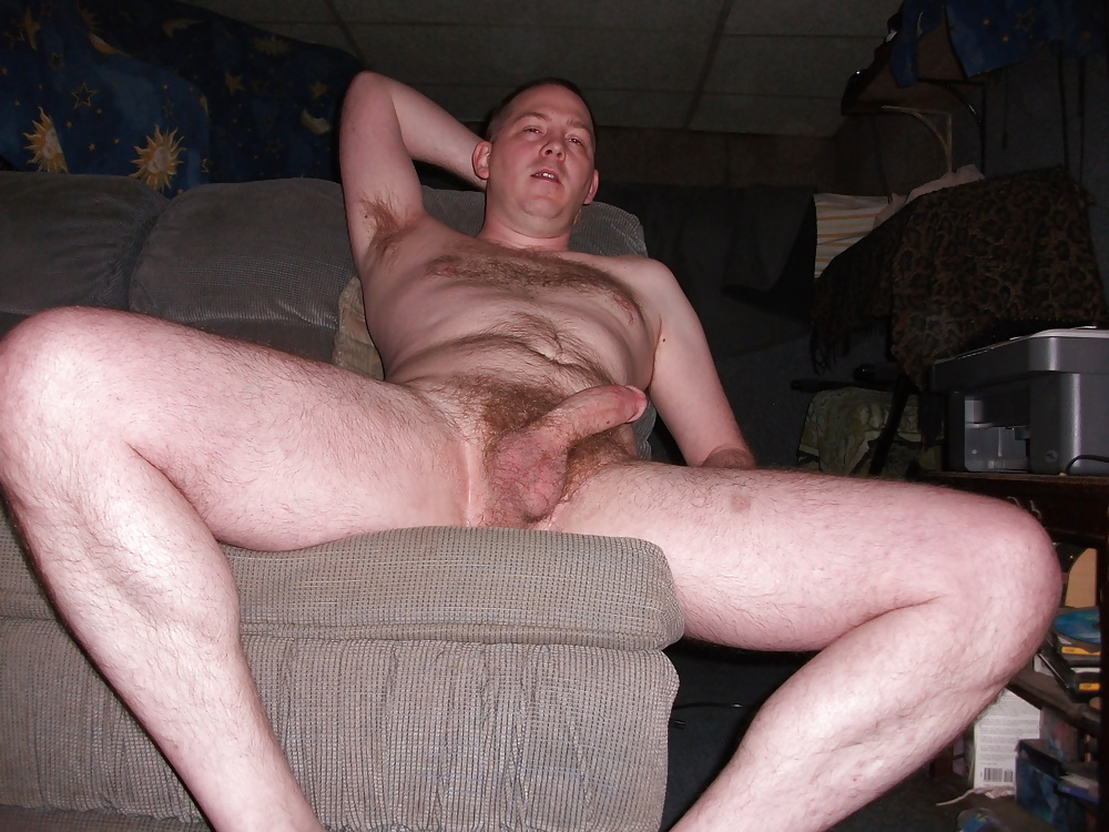 Free real amateur nude man