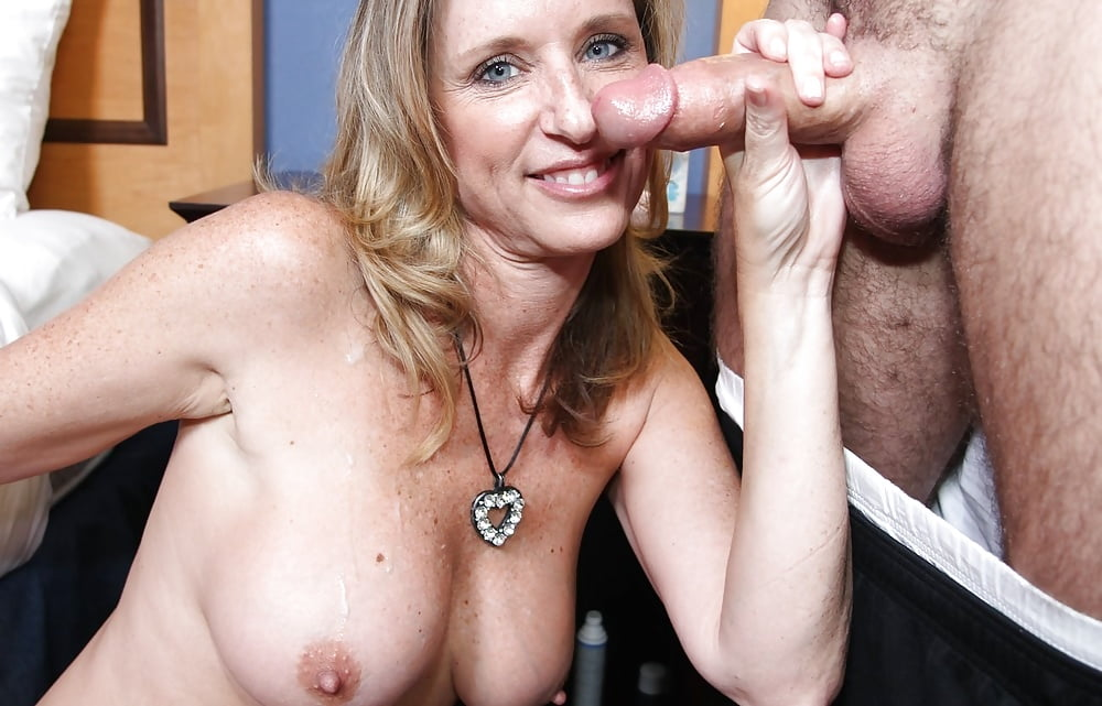daughter-handjob-mature-movies