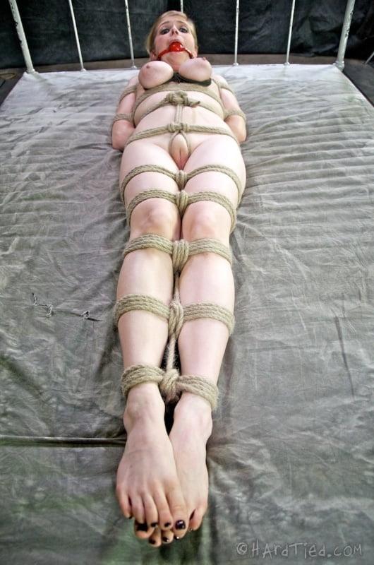 multiple-girl-bondage-thumbnails