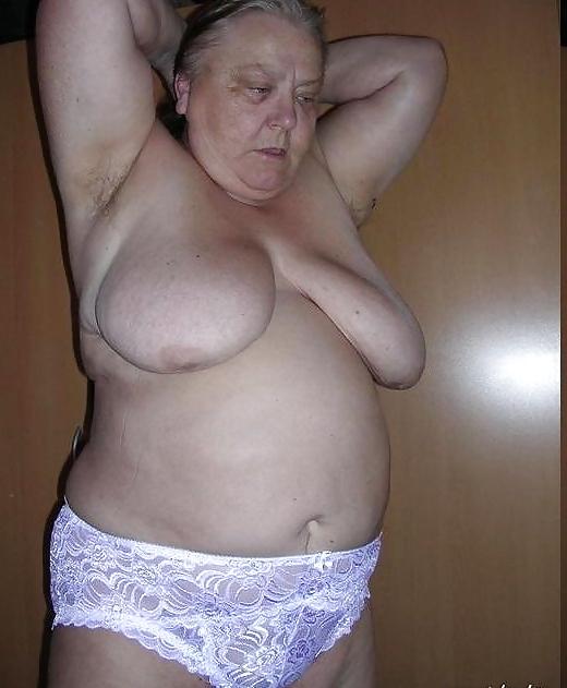 ротики фото голых толстушек старушек женщин также