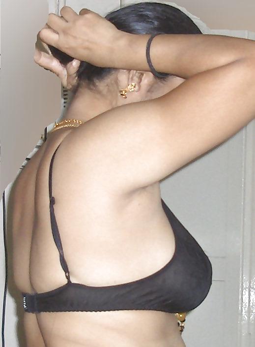 nude-aunties-lingerie