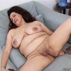 Nicolette From OlderWomanFun