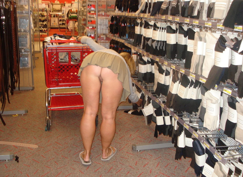 Free milf shopping galleries — photo 9