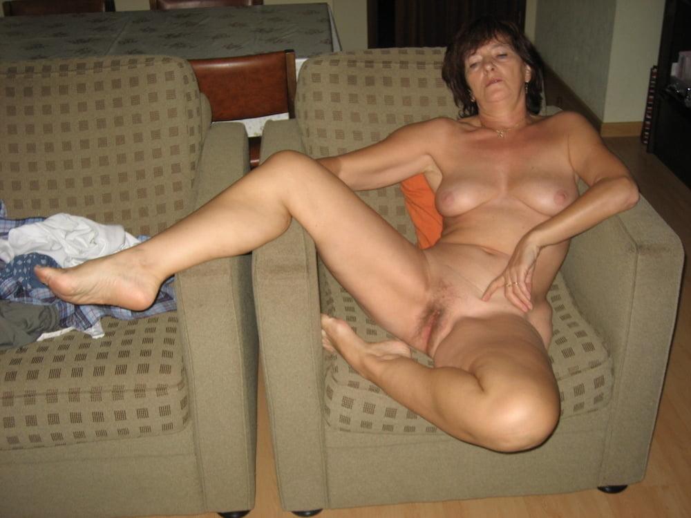 Amateur Sexy Mature Legs Pics
