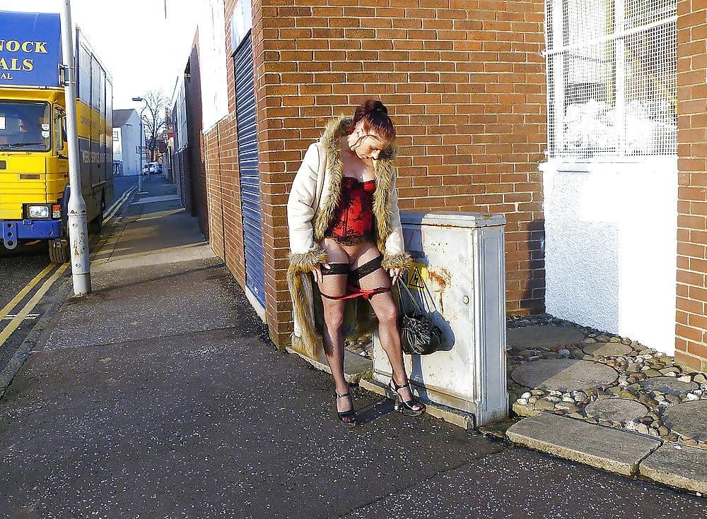 Уличние проститутки снять проститутку жуковский