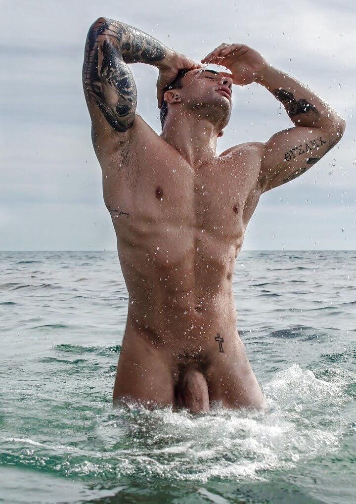 swimmer-nude-muscle-brutal-porn-adulttures