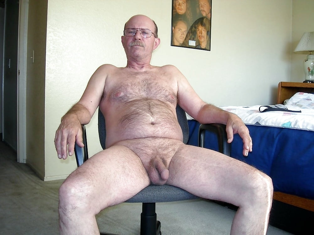 Old man nude naked
