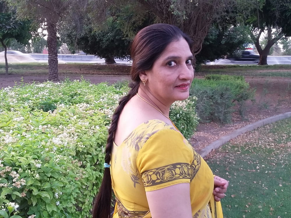 18. Indian wife exposed by hubby - 139 Pics