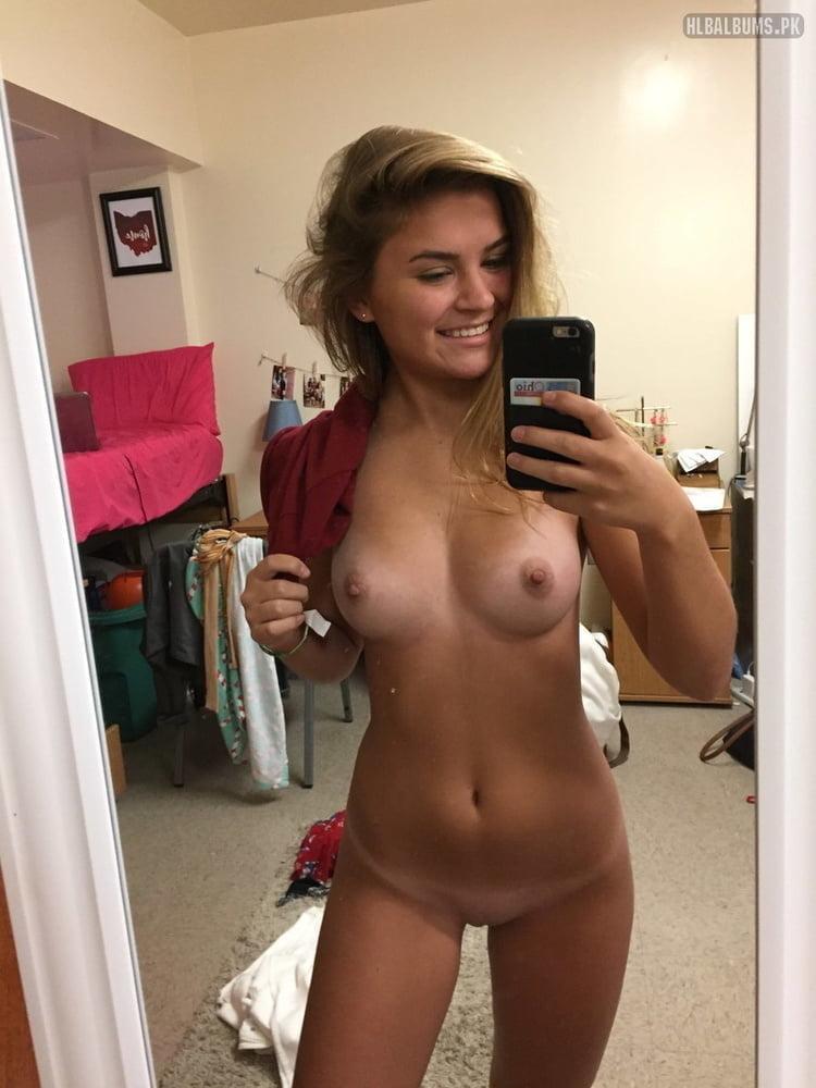 Tori Lynn Gaines Female Model Profile