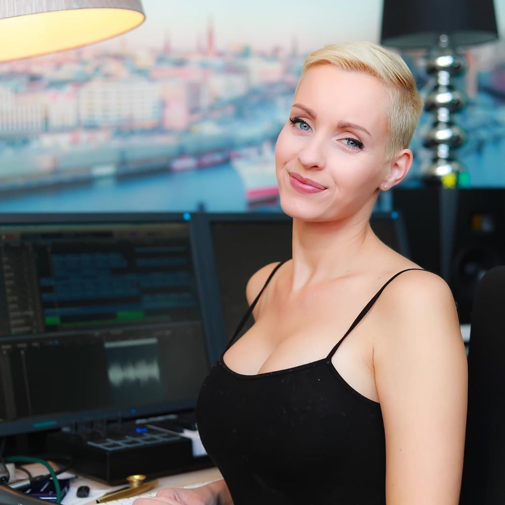 See and Save As anike ekina hot german model porn pict