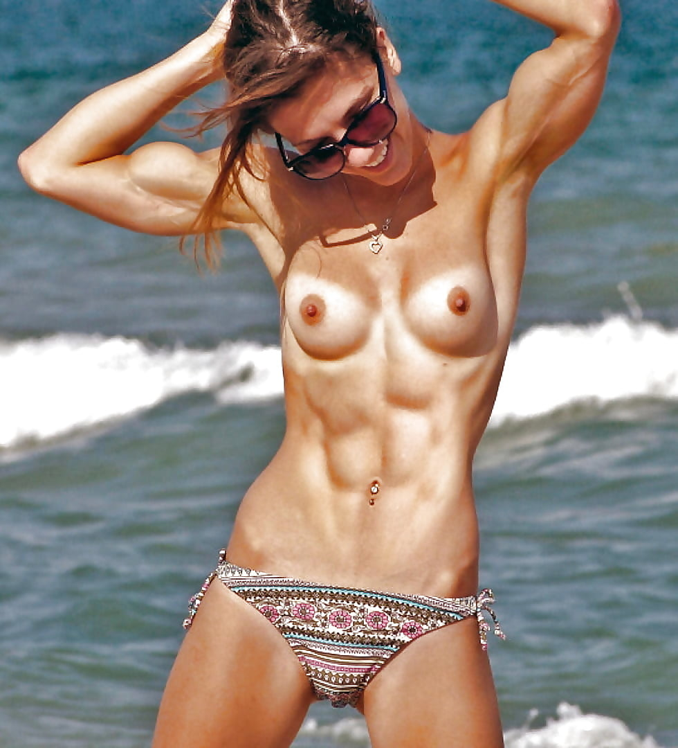 Redhead queen of abs muscles