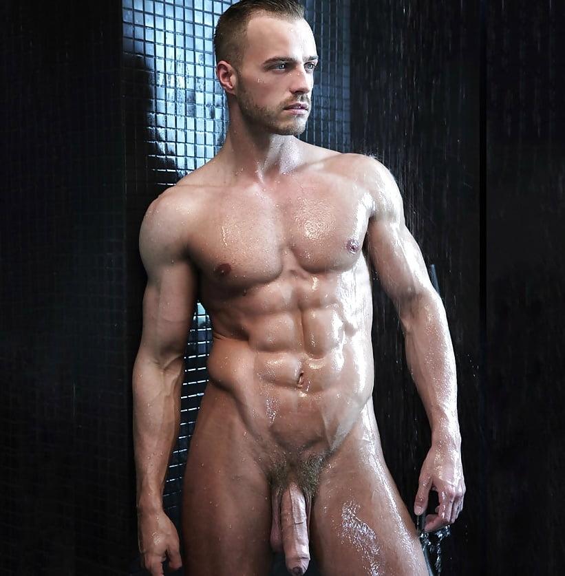 nude-men-madterbating