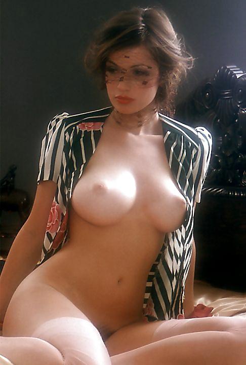 ebony amateur naked women