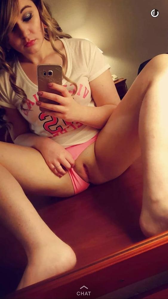 young nude pics selfie Selfie young nude girls - 53 Pics | xHamster
