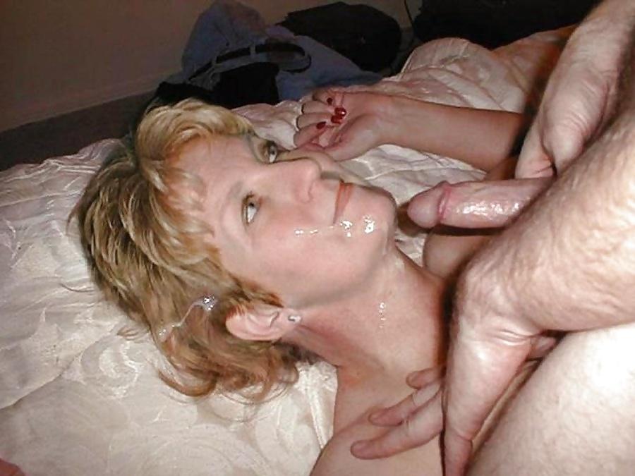 Son take off condom and cum inside his mom porn