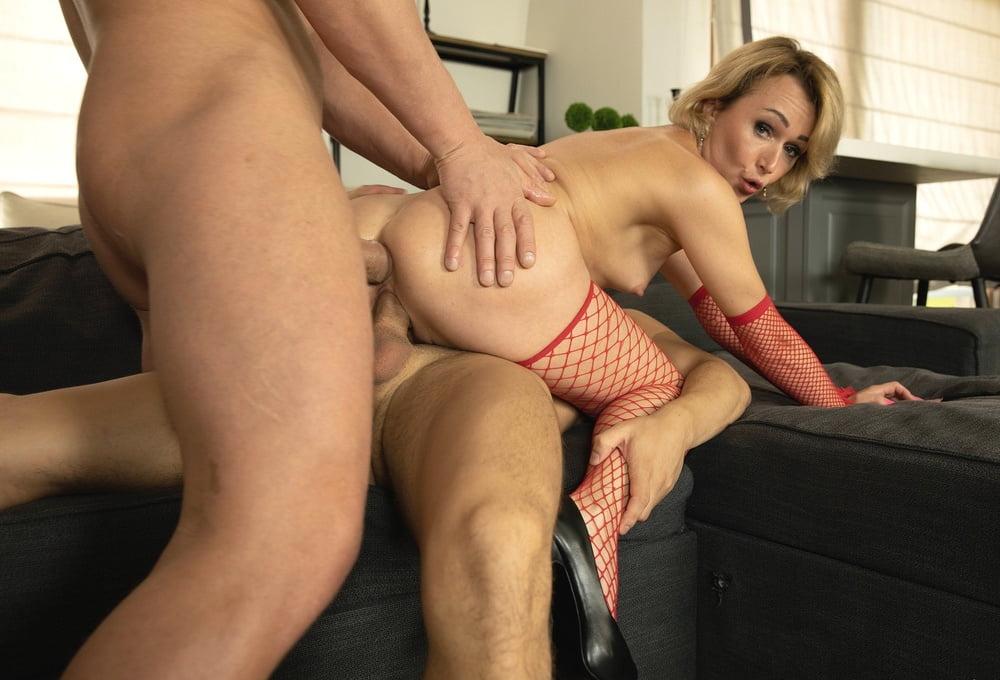 42yo Russian lustful mommy Aleksa 07.21.2020 - Welcome Porn - 69 Pics