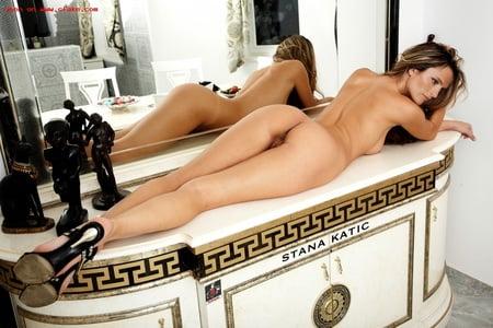 Stana Katic Porno
