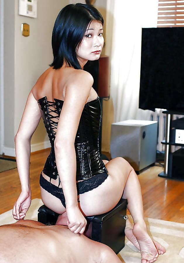 slit-asian-femdom-peetures-friend-girlfriend-nude