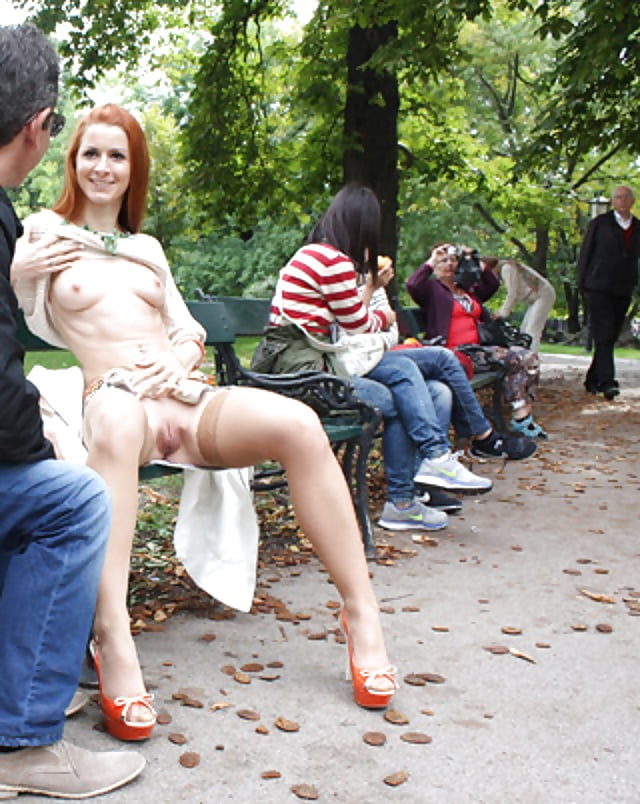Fingering women in public — pic 12