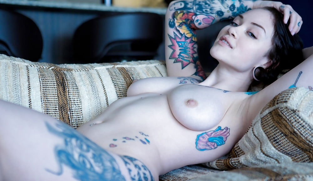 nake-suicide-girls-pussy-black-cock-in-innocent-girl-gif