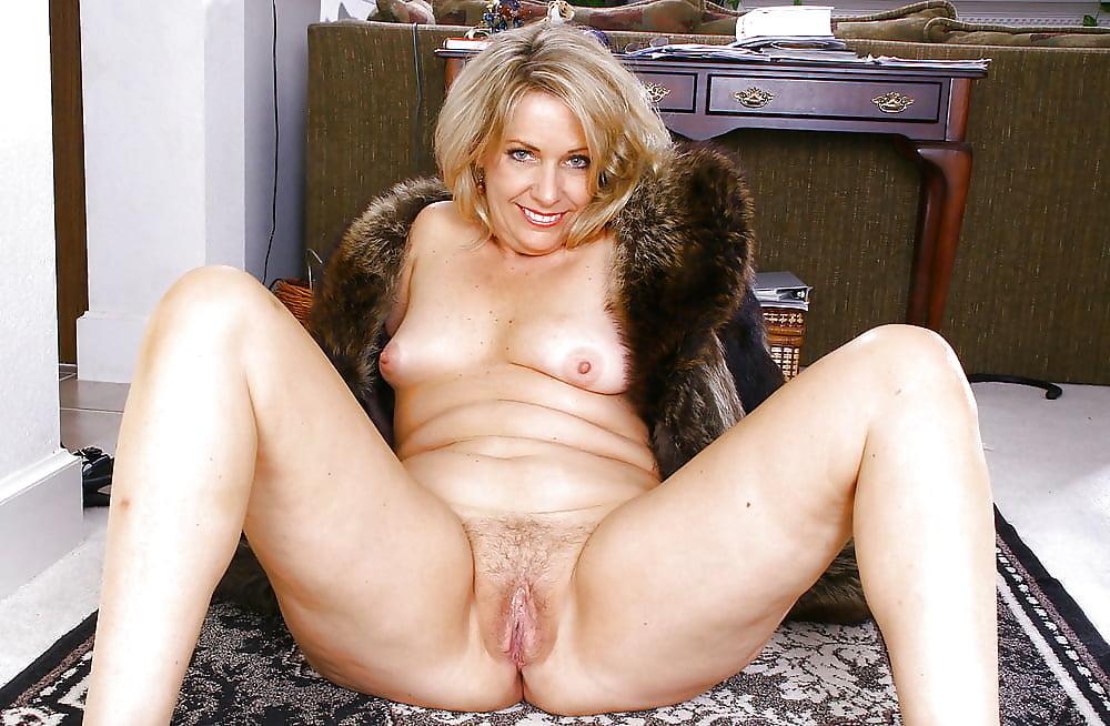 голые зрелые тетеньки порно фото - 12