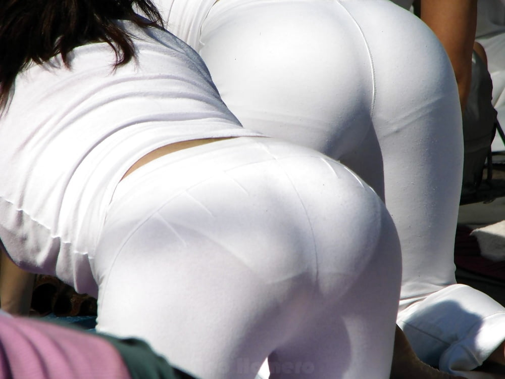 Candid Ass Full Visible Panty Lines