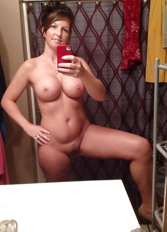 Cougar Selfies - 8 Pics - Xhamstercom-2709