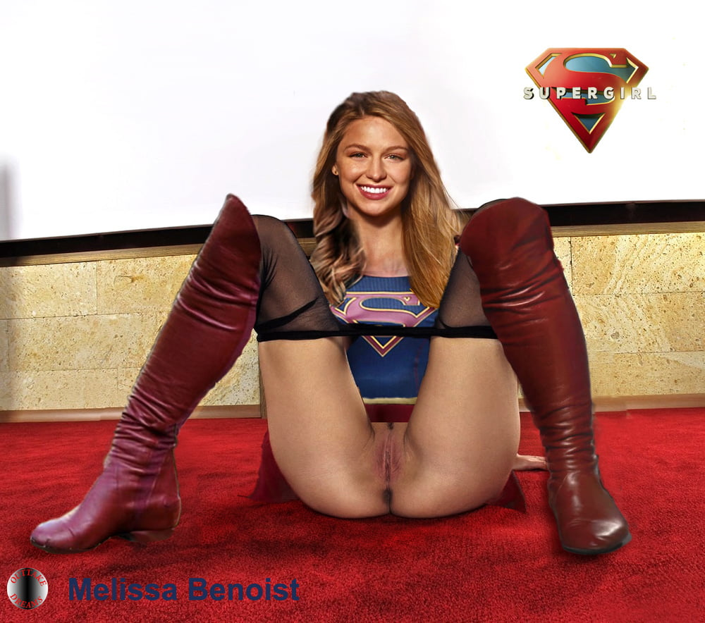 Supergirl Naked Pussy