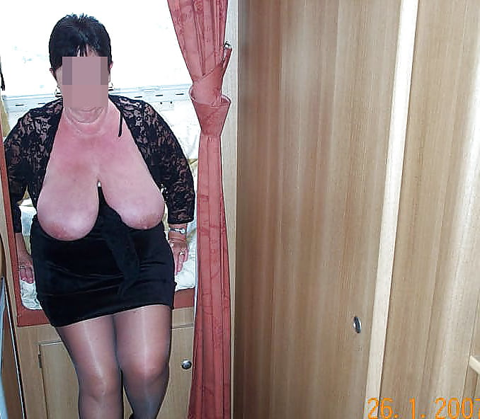 Amateur granny boobs pics