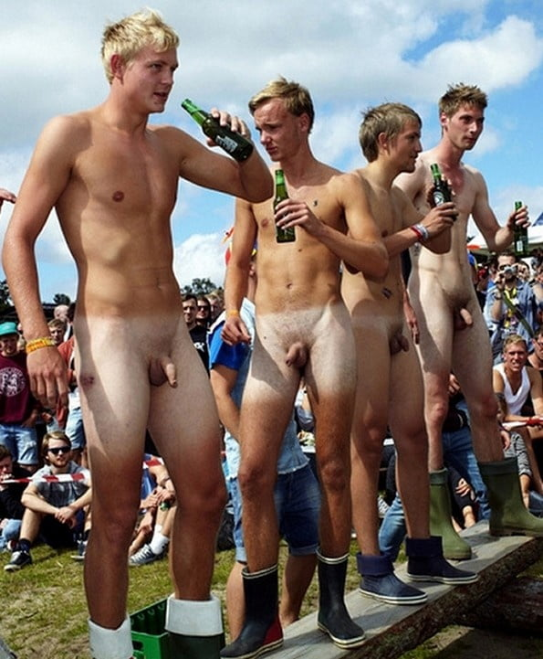 Ideal Naked Gay Men In Public Pic