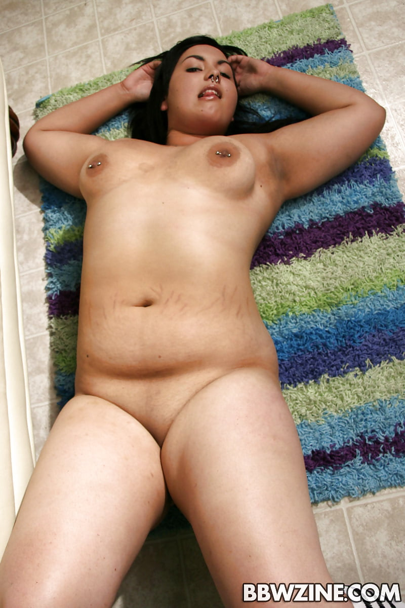 Chubby sexy nude latina, really naked