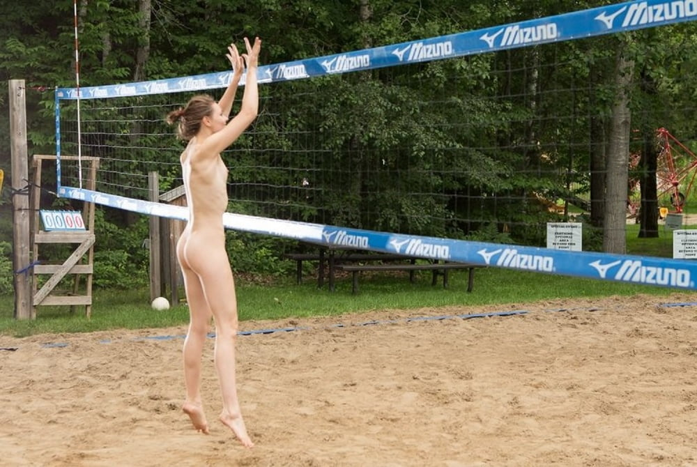Naked volleyball team