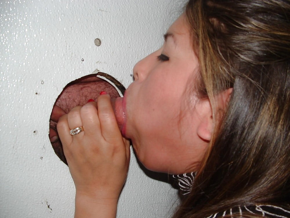 white-wife-gets-pregnant-at-gloryhole-why-do-twats-smell-like-fish
